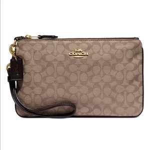 Coach New Signature Jaquard Small Wristlet